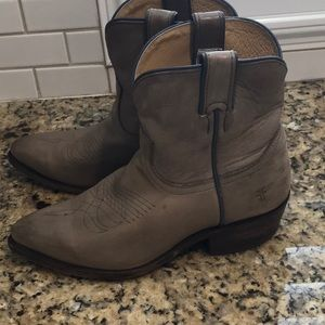 Frye Billy Boots *8* M in excellent used condition